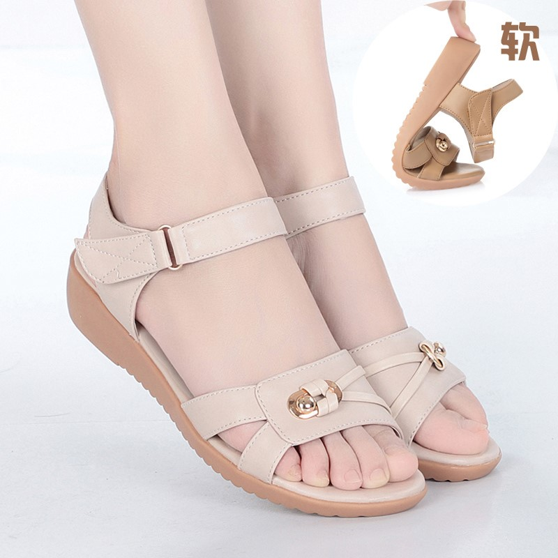 Mothers sandals womens flat bottomed middle aged and elderly womens shoes