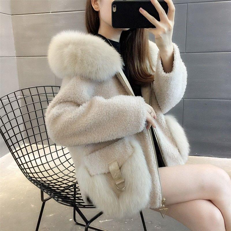2020冬新款羊剪绒大衣女皮毛短款狐狸毛领连帽颗粒一体羊羔毛外套