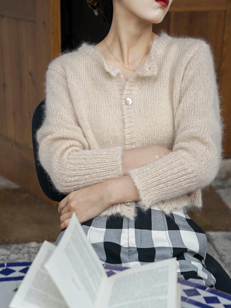 秋日实穿系列康赛尼马海毛混纺短款羊腿袖小开衫软糯毛衣女红上衣