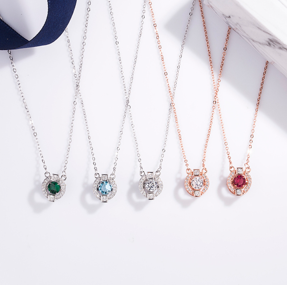 Beating heart angel Shi Family Sterling Silver Necklace smart love micro set pendant clavicle chain simple Korean style