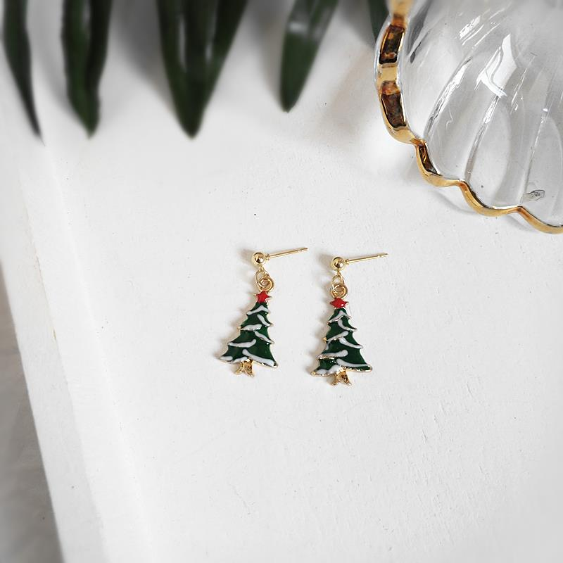 Earrings, Christmas Earrings, European and American style, festive, witty and lovely, oil dripping series, earrings, ear clip without ear hole, female.
