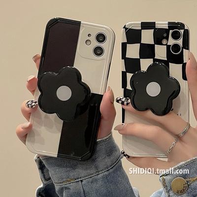 韩风黑白棋盘格子花朵支架适用iPhone12pro max苹果11手机壳x新款xr硅胶xs女8plus软壳13创意情侣全包防摔套