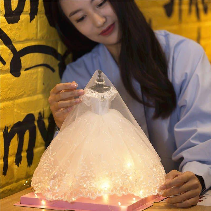 18岁生日礼物女生送闺蜜创意结婚礼物婚纱模型实用十八岁成年礼女