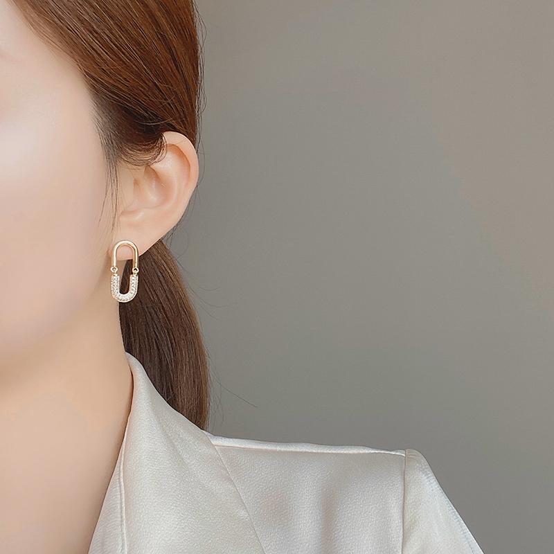 韩国气质高级感S925银针耳钉耳坠网红新款潮百搭冷淡风耳环耳饰女