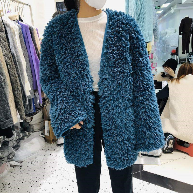 2020 winter new cashmere with super fire tassel fur V-neck coat womens Suede fur one coat