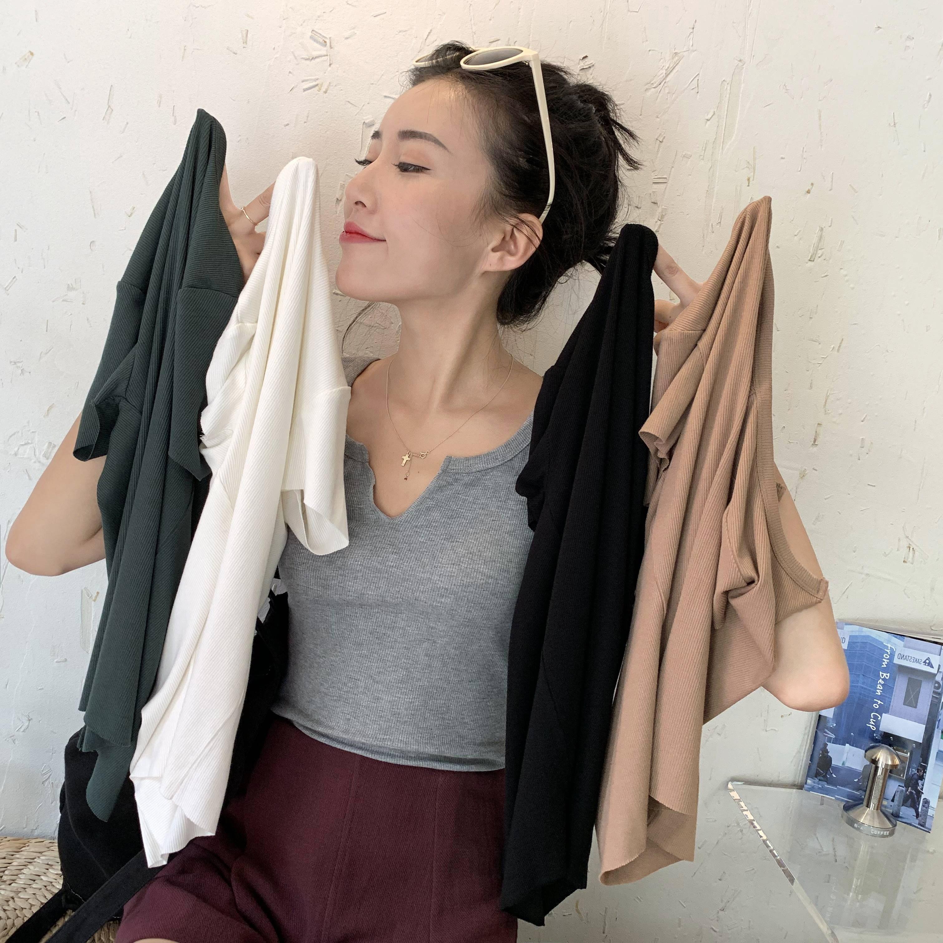 Minimalist laziness! Slim fit V-neck short sleeve T-shirt Korean summer casual port style slim top