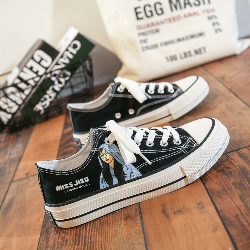 2021 versatile spring canvas shoes Korean new graffiti printed cloth shoes girls low top board shoes