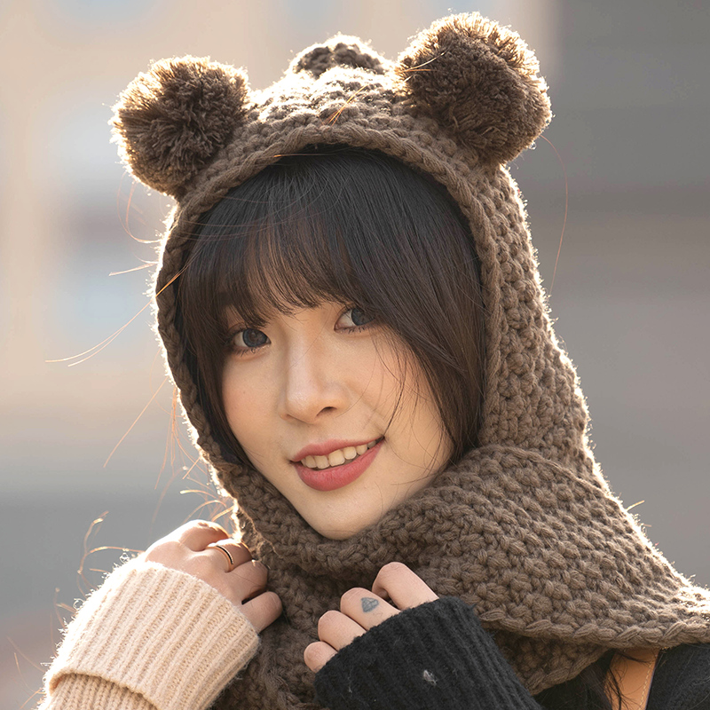Plush ball, ball, ear, hat, scarf, all in one womens autumn and winter neckband, Japanese sweet and lovely, keep warm in winter