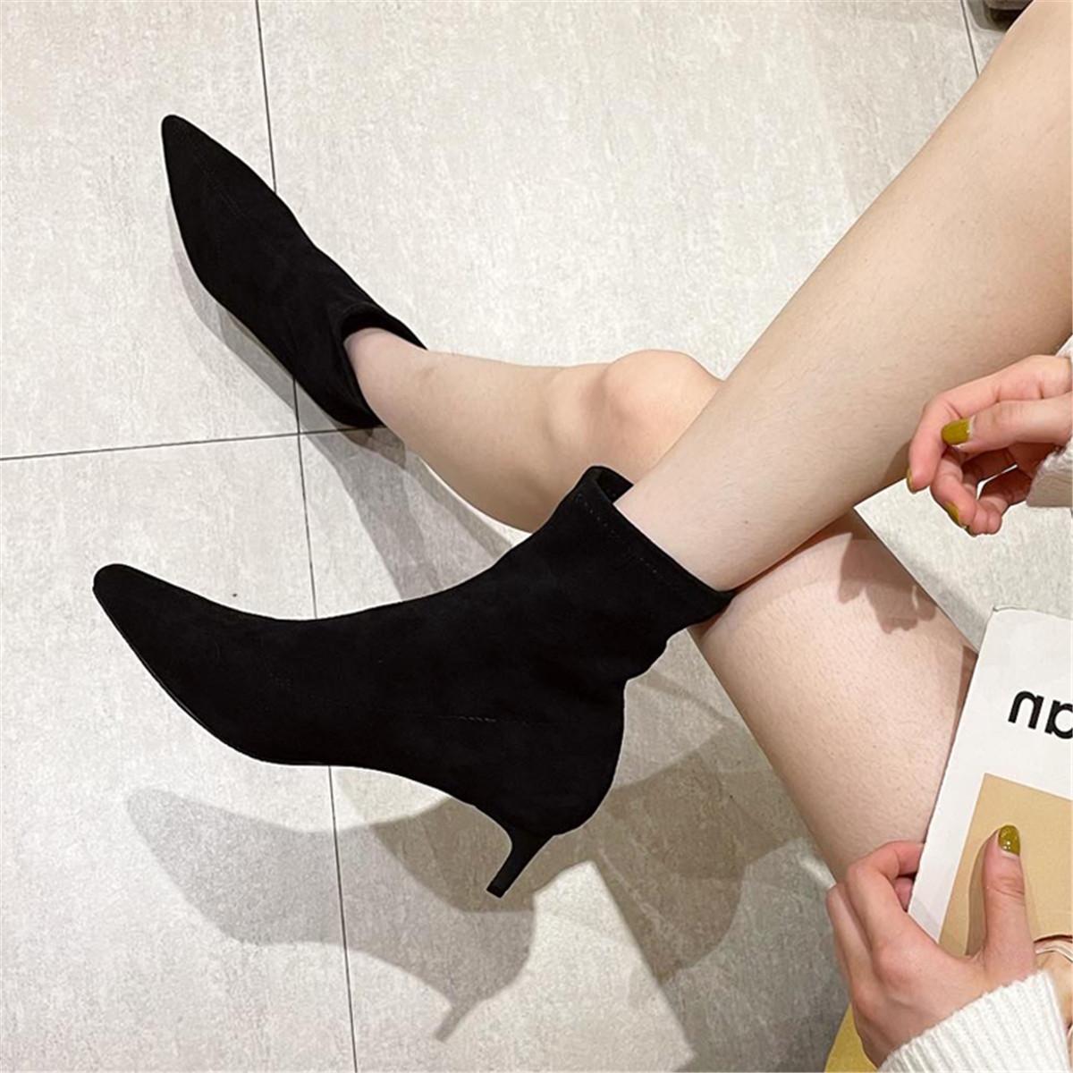 「鞋阅」细跟尖头时装女靴中跟绒面韩版短筒靴秋季新款潮流女单靴