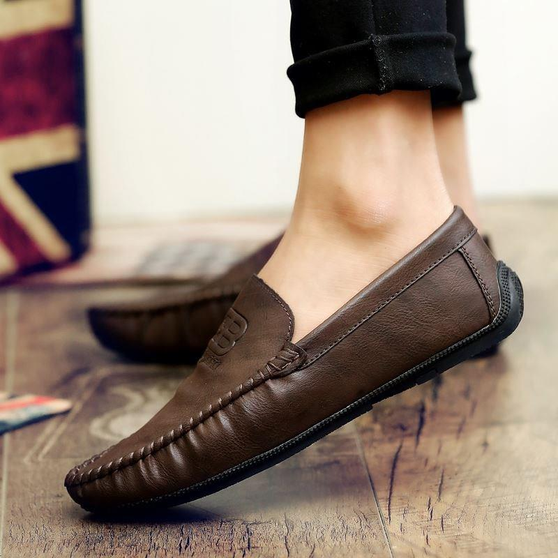 Authentic spring sluggard 2018 spring new Doudou shoes mens Korean version trend, one step on small leather shoes, lazy Loafers
