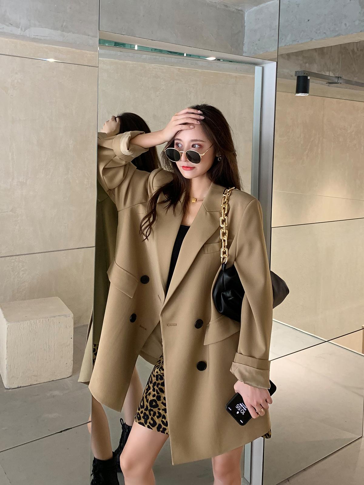 卡其色西装外套女2021年爆款春秋新款韩版宽松设计感休闲西服上衣