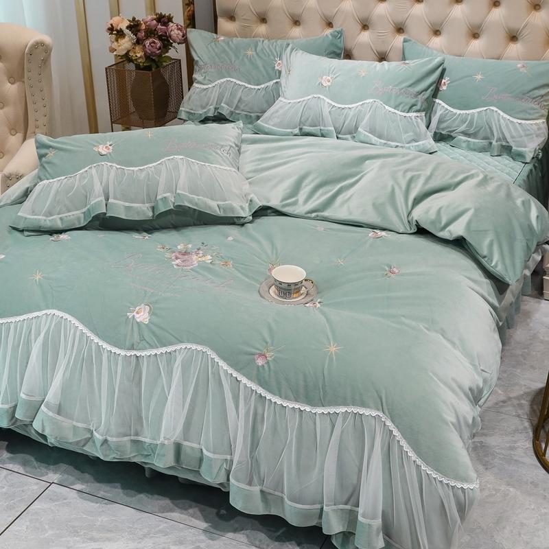 特价牛奶绒四件套床裙款冬季床罩式