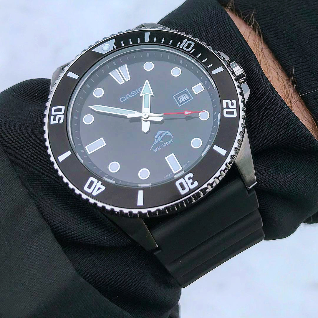比尔盖茨同款!CASIO卡西欧剑鱼 手表男潜水夜光石英表MDV106-1A
