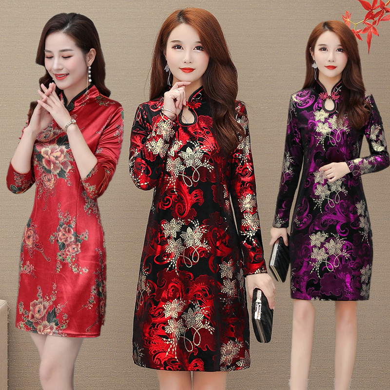 Spring 2020 new middle aged and old peoples Velvet bottoming shirt middle aged mothers improved cheongsam medium length dress