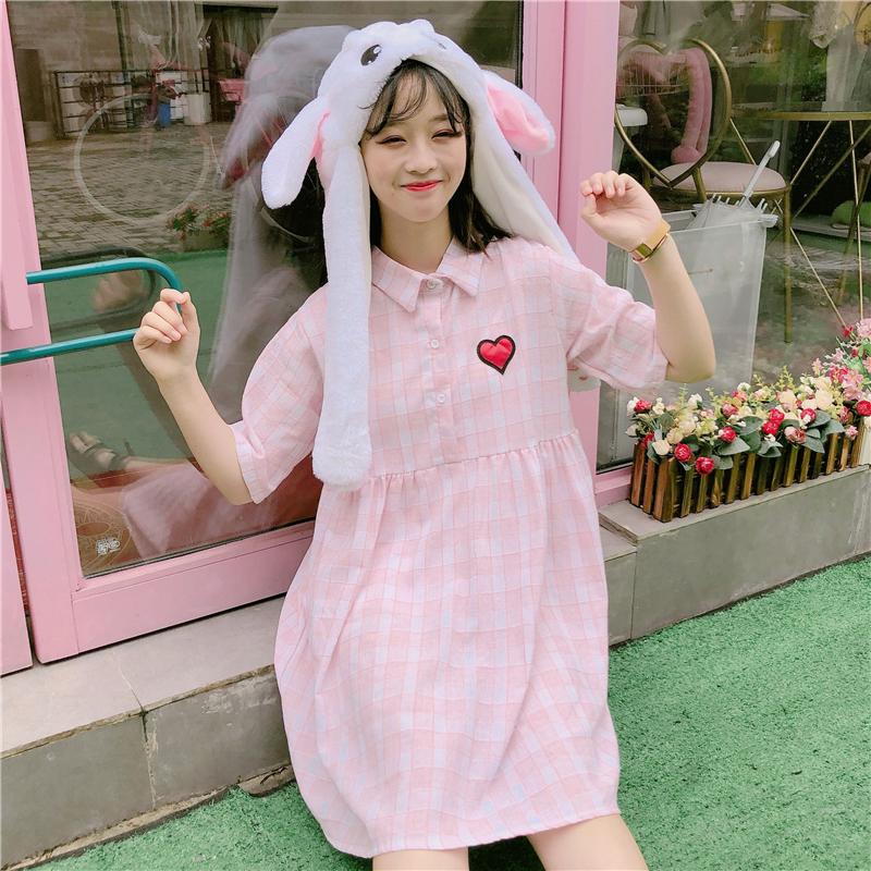 夏季新款女装韩版宽松显瘦爱心印花POLO领五分袖娃娃裙格子连衣裙