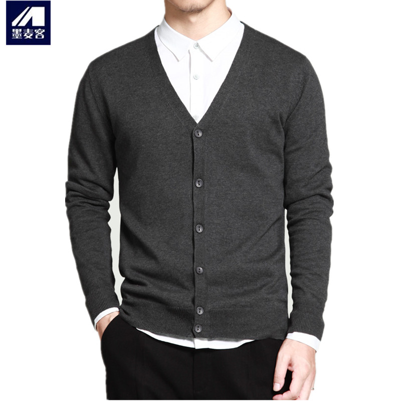 Autumn mens V-neck knitted cotton cardigan / young and middle-aged thin Korean mens sweater casual sweater large size