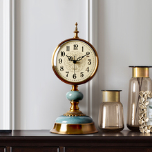 European Living Room Creative Luxury Seat Clock Pendulum Desktop Desktop Table Clock American Seat Clock Individual Pendulum Clock