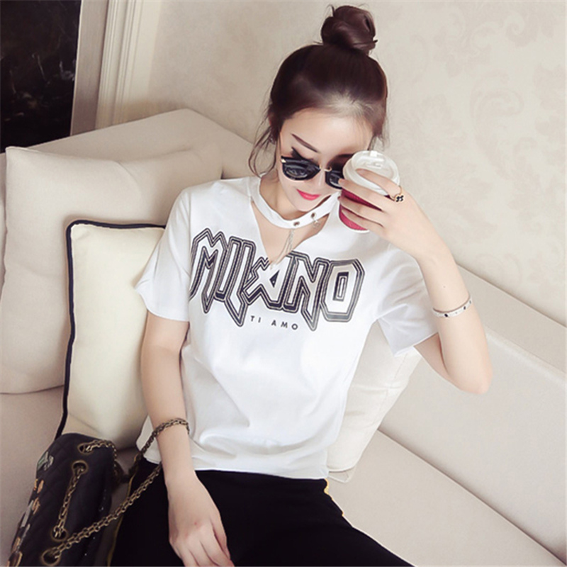 Super hot CEC 2019 summer clothes new Korean version students loose net red V-neck summer top short sleeve T-shirt womens ins trend