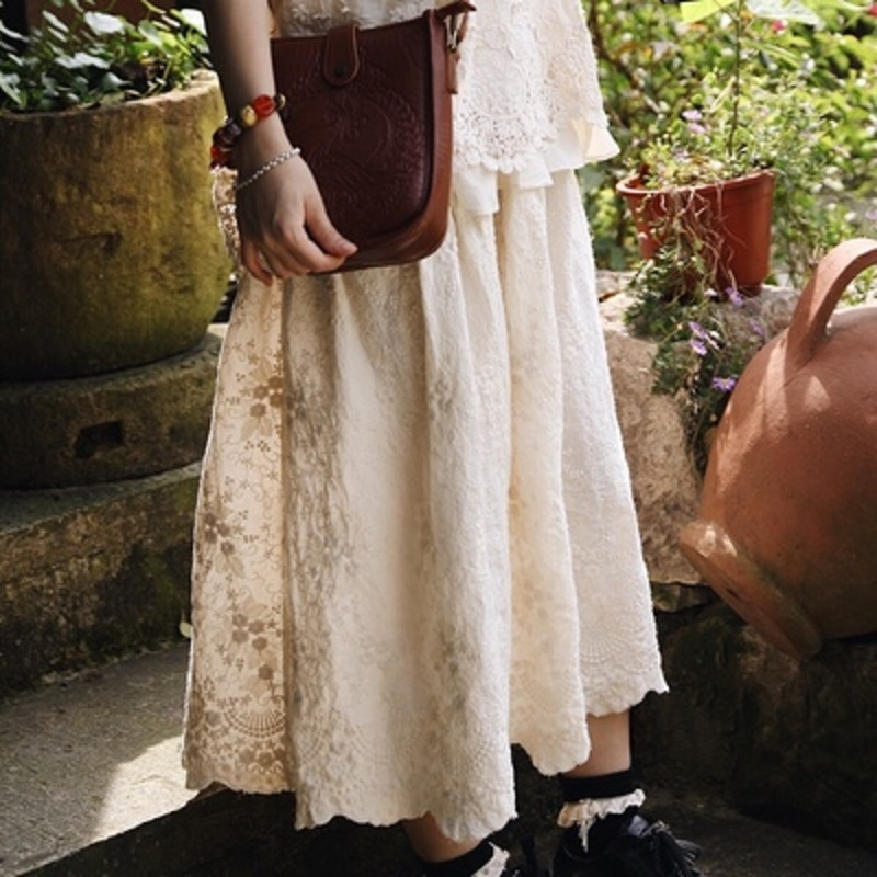 小清新日系女装森系刺绣裙学生甜美半身裙女夏文艺复古中长款裙子