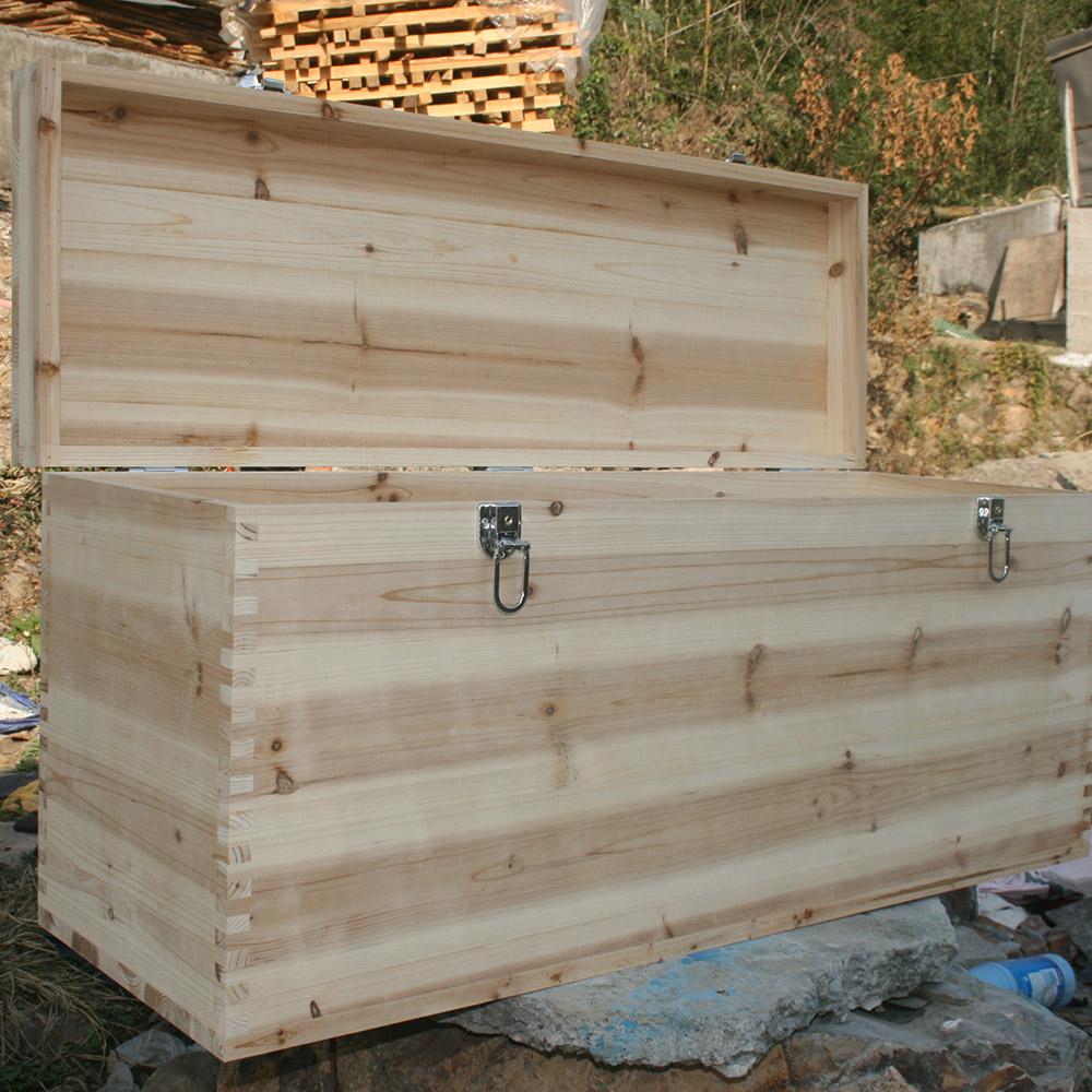 丸太の箱には、布団をロックし、着物や書画、骨董品収納箱を備えた超大型収納箱40があります。