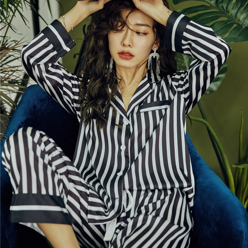 Ice silk pajamas womens spring and autumn net red stripe long sleeve loose thin silk can be worn out to show thin home suit