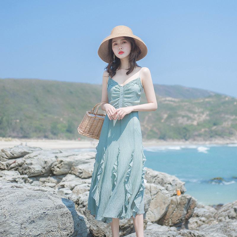 2019夏季新款女装流行裙子法国小众复古裙山本超仙吊带连衣裙长裙