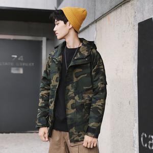 嘻哈迷彩外套男宽松连帽冲锋衣夹克J198P105 模特控价不低于128