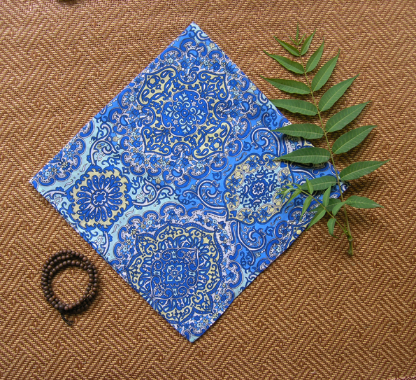 Ethnic blue, retro energy pattern, thin cotton small square scarf, scarf hair band, handkerchief full package mail. Spirit