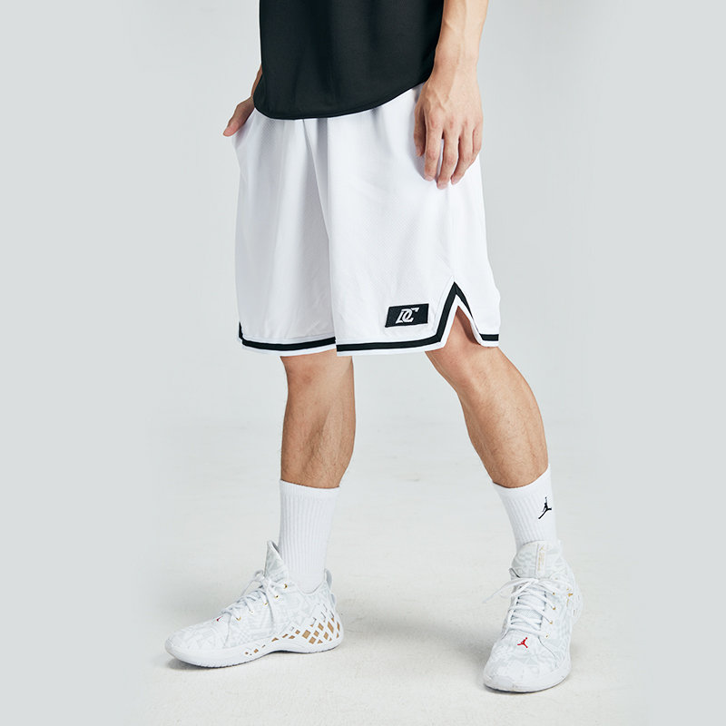 DC Basketball Shorts mens Capris black and white classic basketball training pants loose and breathable fitness pants