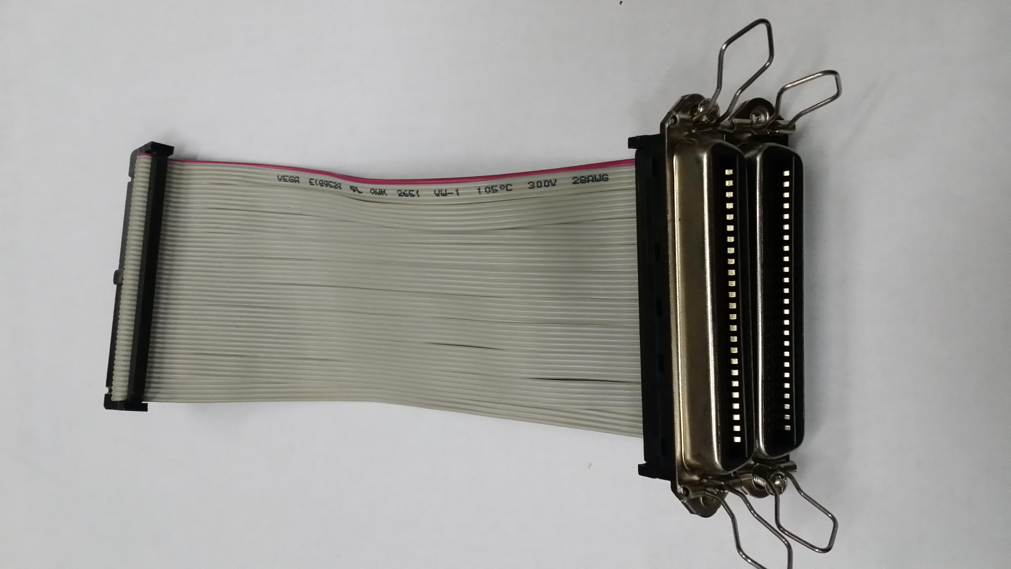 SCSI линия RC50F*2/IDC50F в поворот вне