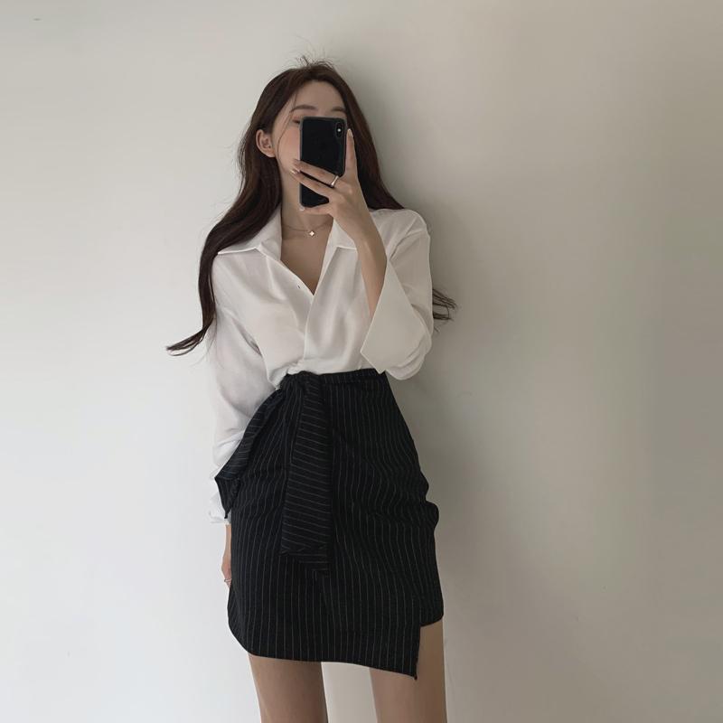 2021年春夏新款高腰a字条纹半身裙