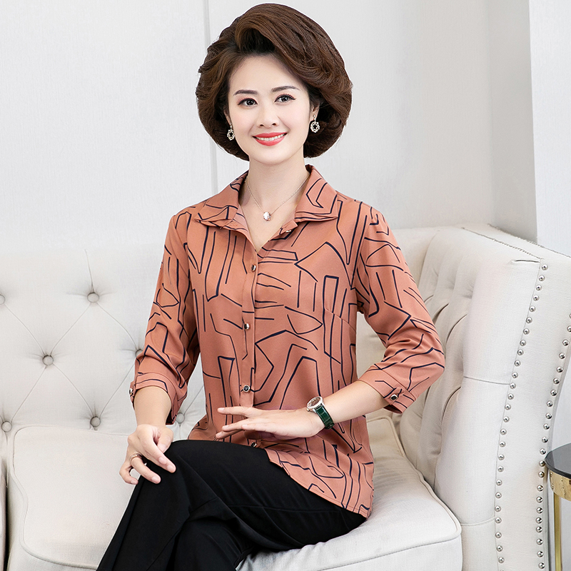 Middle aged womens shirt 50 year old mothers summer shirt foreign style middle-aged and elderly womens middle sleeve top thin mothers day clothes