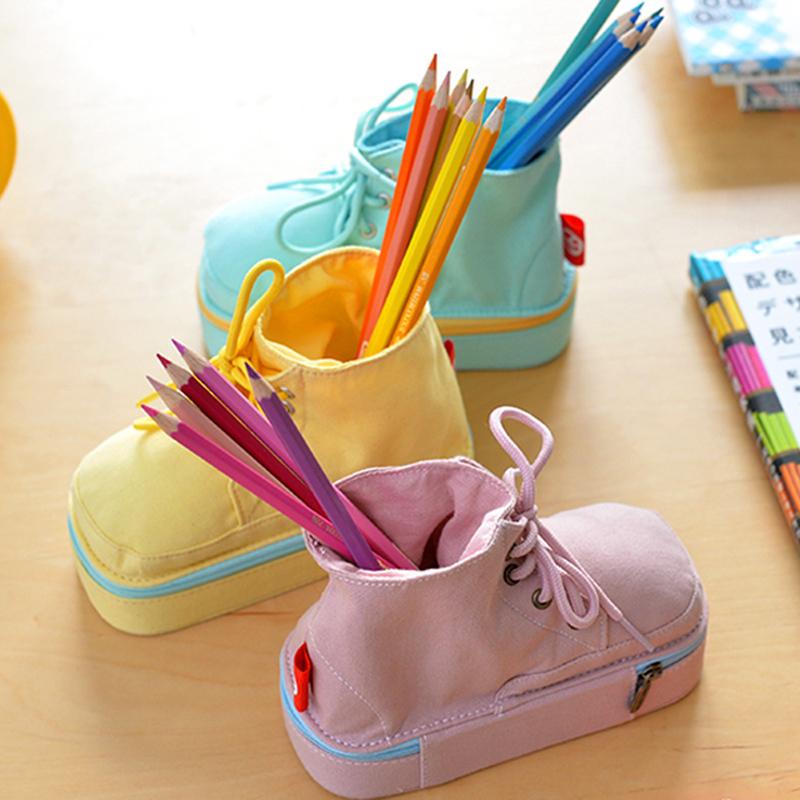 咔巴熊韩版创意纯色简约马丁靴子帆布多功能笔袋女马卡龙鞋子笔盒