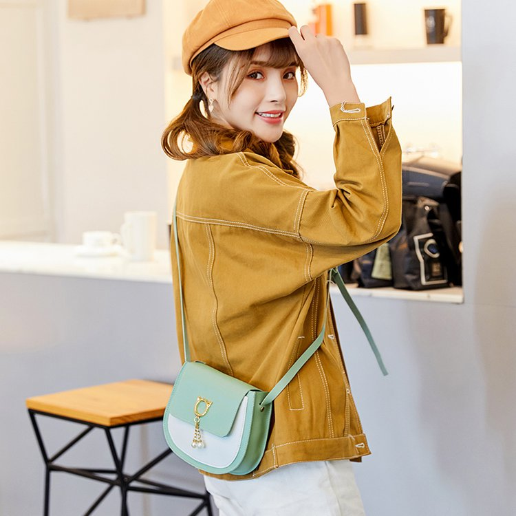 2020夏季新款女士包袋全新软磁扣纯色带盖袋软把马鞍包休闲否
