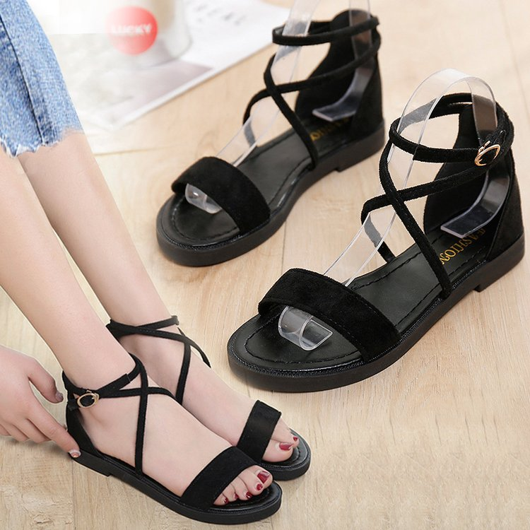 Simple fashion trip STRAP ROMAN SANDALS 2021 summer new female college students versatile flat bottomed beach shoes for work