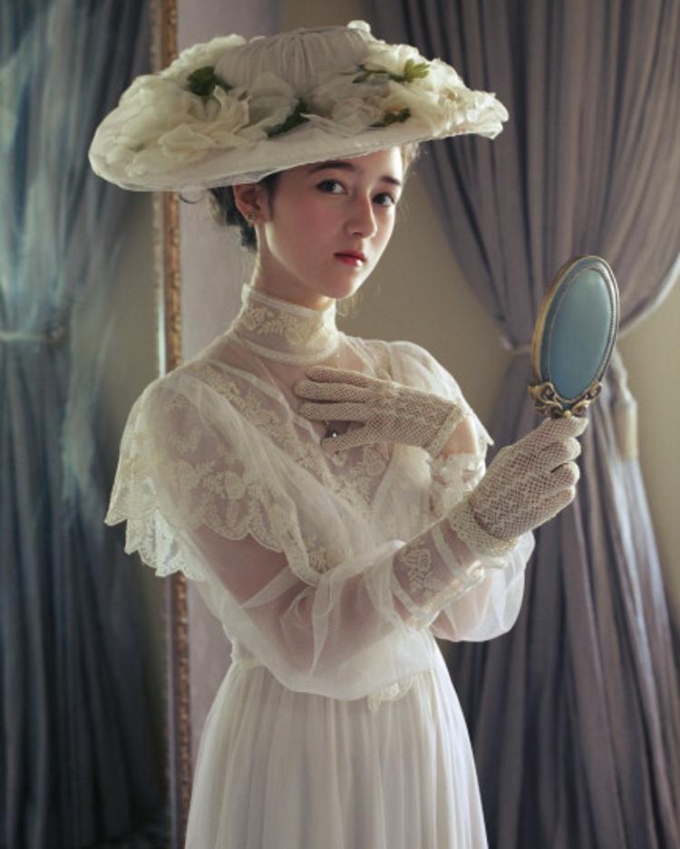 维多利亚时代复古宫廷写真婚纱照旅