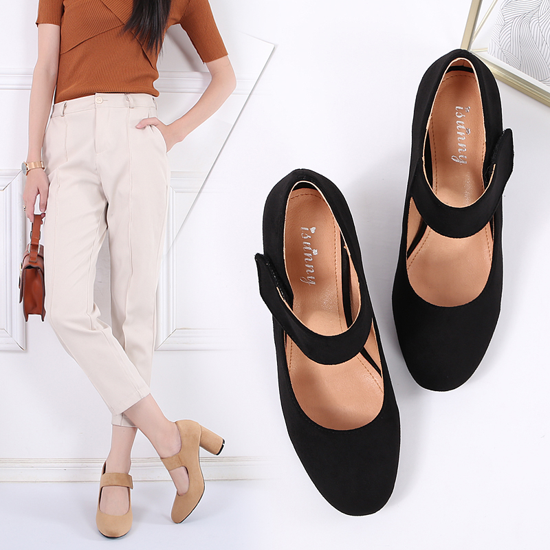 High heeled shoes new French fairy shoes in autumn 2020 thick heeled suede round head single shoes retro British Mary Jane shoes