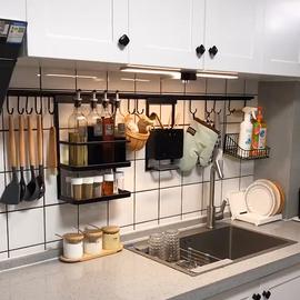 厨房置物架壁挂锅盖架免打孔墙上调料架碗筷刀架多功能挂钩收纳架