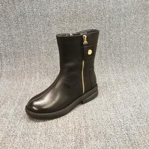 品牌撤柜2019秋冬新款特价女靴双拉链低跟英伦风气质牛皮马丁靴女