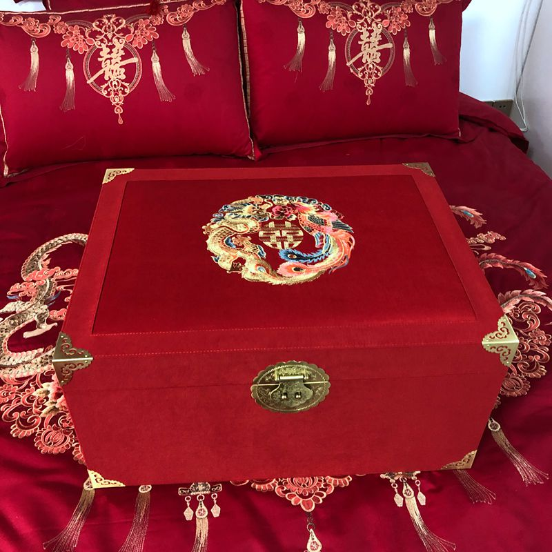 Wedding red dragon and Phoenix embroidered box bride wedding wooden box like to be put in box for dowry jewelry box
