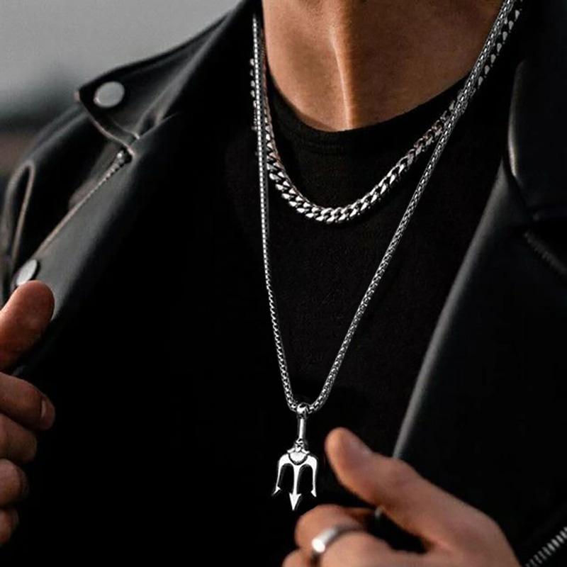 原创设计海王三叉戟吊坠霸气个性钛钢项链男女潮嘻哈欧美小众挂件