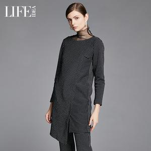 莱芙艾迪儿品牌女装2019秋冬新款 不对称剪裁条纹圆领上衣中长款