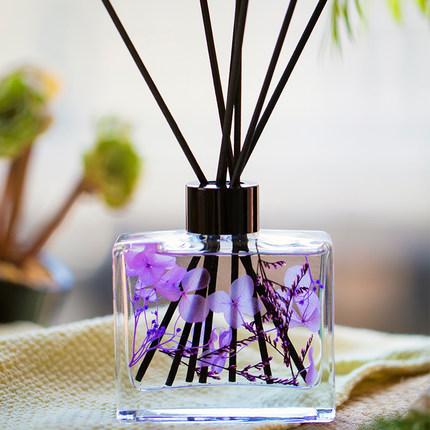 空气清新剂无火香薰精油家用卧室内香氛摆件房间持久厕所除臭香水