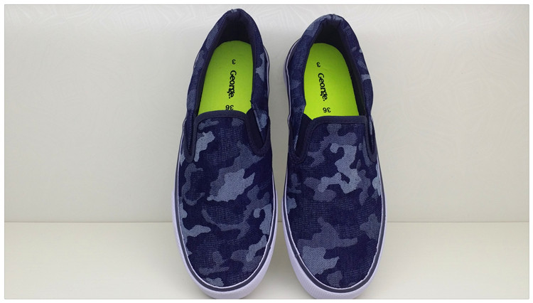Low top canvas shoes with elastic band cover footprints for male and female students