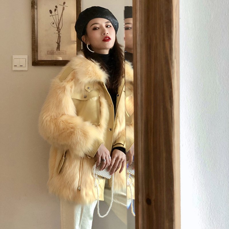 Fur one coat women 2020 winter new Korean version waist slim short fashionable fox fur grass coat