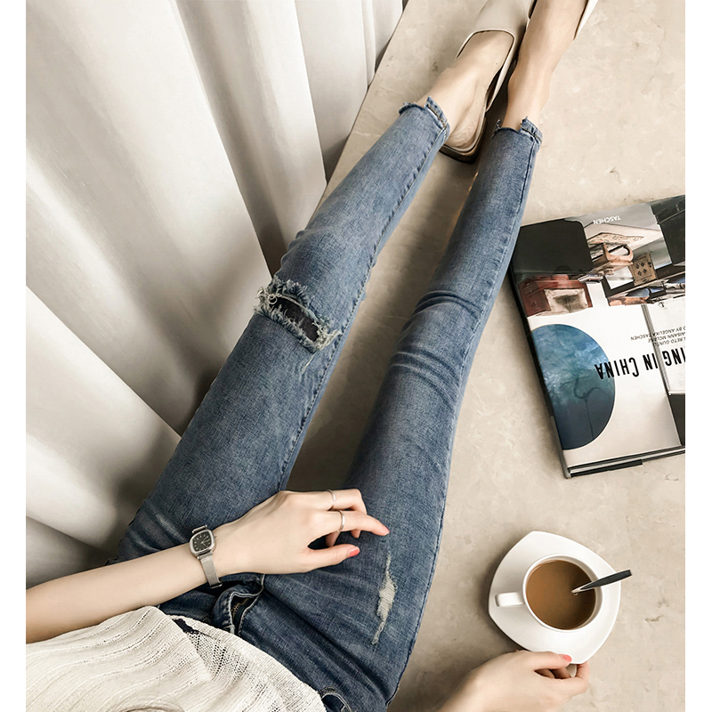 Fall 2019 new high waisted slim fit large hole jeans womens Capris tight little feet pencil pants fashion
