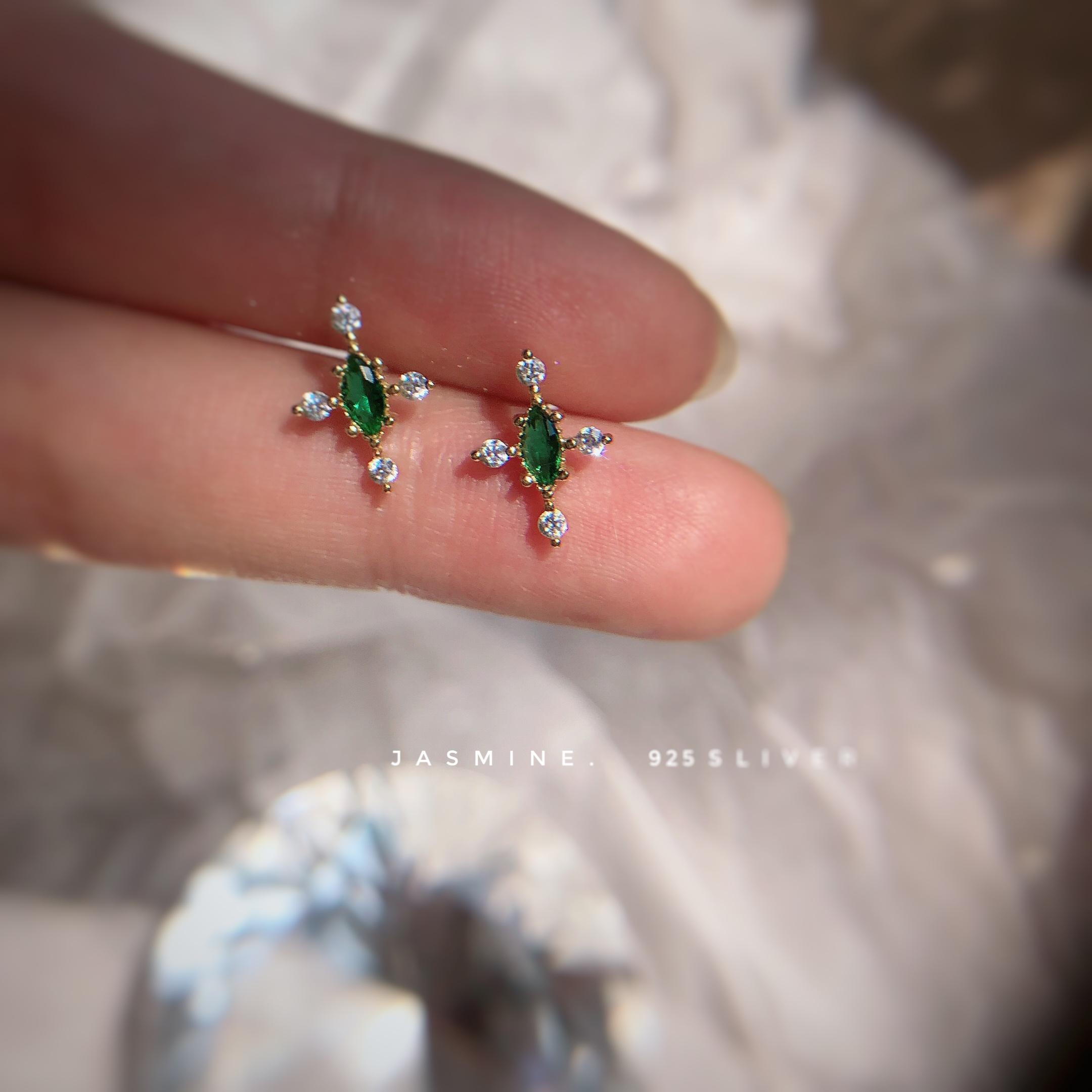 925纯银十字祖母绿复古耳钉 气质百搭款巴洛克风耳环 设计款 Изображение 1