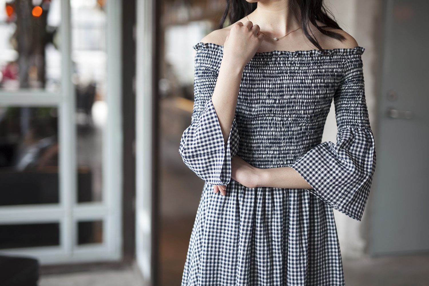 No.9 Wuyi Lane spring / summer new one shoulder off the shoulder flared sleeve dress pure cotton pastoral lattice