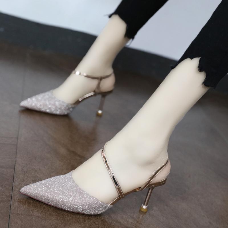 性感网红包头礼服凉鞋女2019新款夏百搭超火银色一字带后空高跟鞋