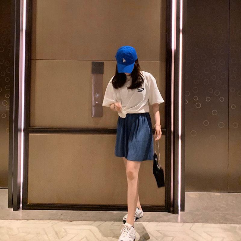 2021新款夏装女装韩版休闲五分中裤子女宽松直筒阔腿格子网红短裤
